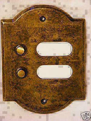 Interphone avec deux boutons int/érieur ext/érieur en laiton poli