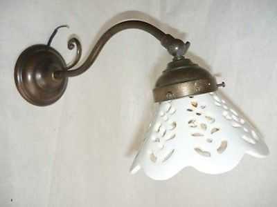 Lampada da parete modello applique classica con ceramica