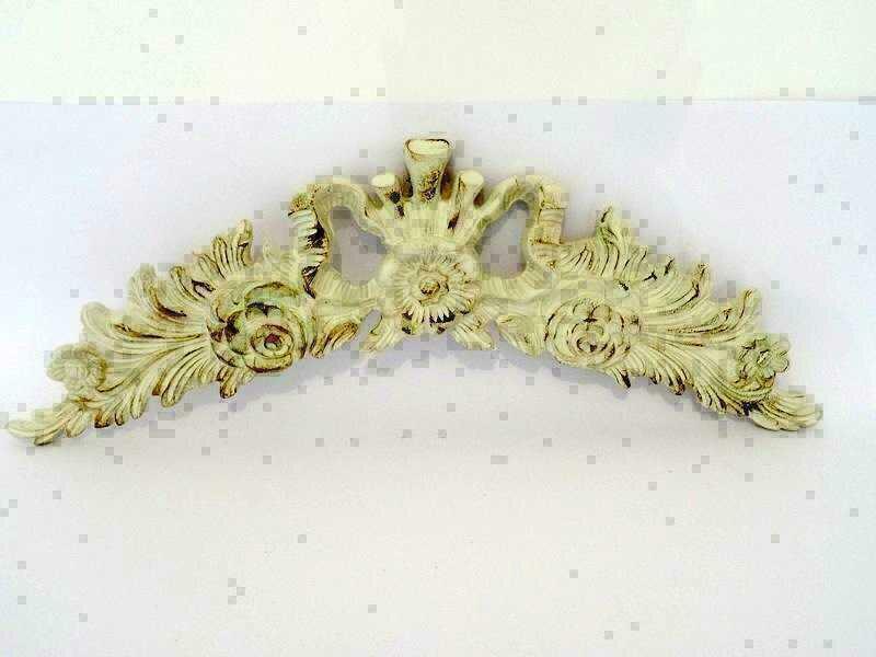 Fregio in legno stile barocco laccato avorio antico