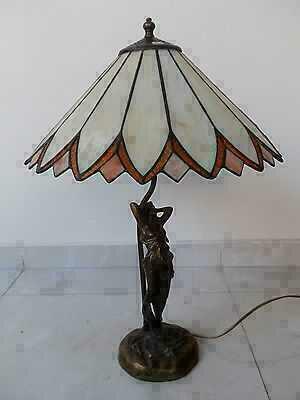 Lampada con base in ottone brunito e paralume a pagoda for Arredo casa guardiagrele