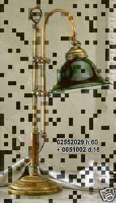 Lampada In Ottone Con Manico In Legno Da Scrivania Classica