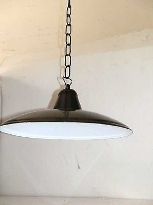 Lampadario stile industrial con catena in ferro e cono da for Arredo casa guardiagrele
