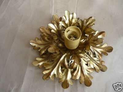 Plafoniere Con Ferro Battuto : Plafoniera in ferro con foglie d acanto dorate classicarte