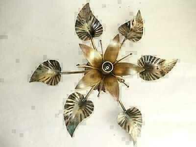 Plafoniere Con Foglie : Plafoniera in ferro battuto con foglie di giglio classicarte.it