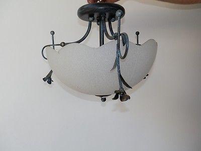 Plafoniera Vetro Satinato Bianco : Plafoniera in ferro con coppa bianca satinata diametro cm
