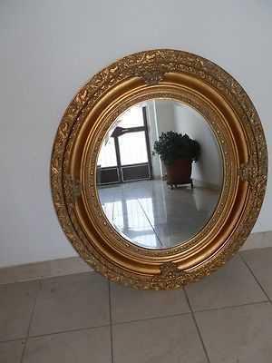 Specchio ovale in legno foglia oro stile barocco for Arredo casa guardiagrele